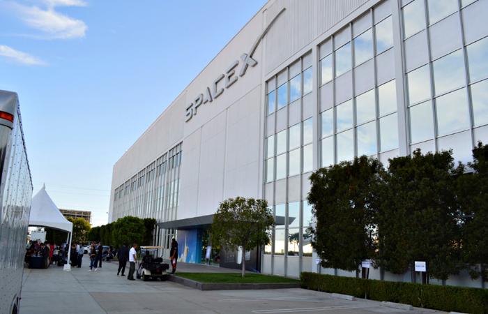SpaceX Headquarters Photo