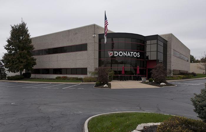 Donatos Pizza Headquarters Photo
