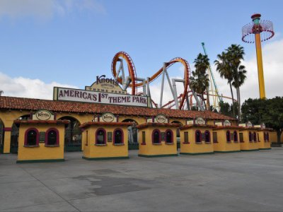 Knott's Berry Farm 1