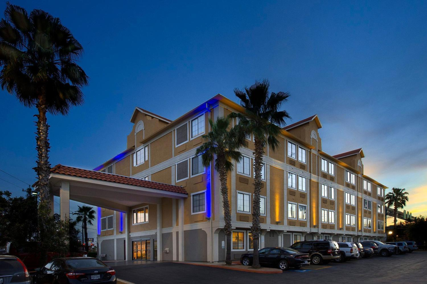 Baywood Hotels Corporate Office