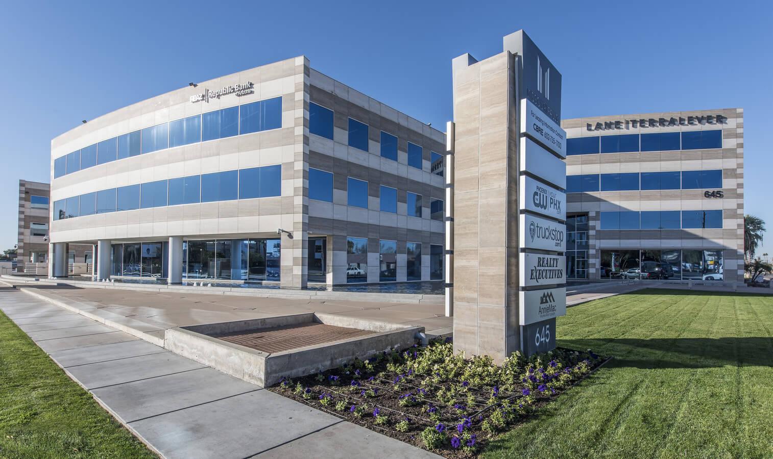 CSK Auto Corporate Office