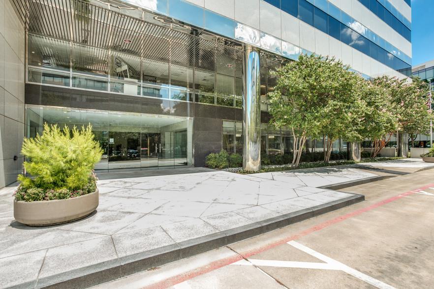 Dynamex(TForce Logistics) Corporate office
